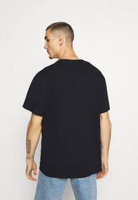 Topman - BARCELONA PRINT TEE - Print T-shirt - black - 2