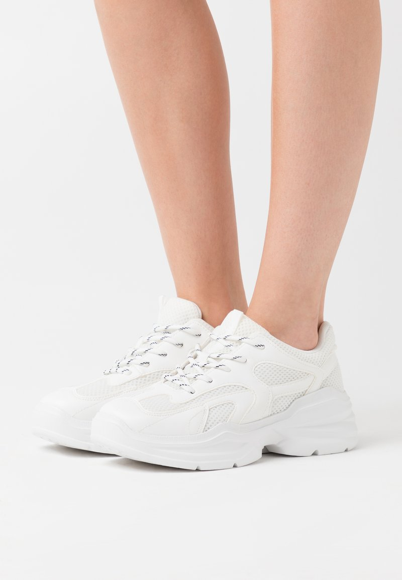 Monki - VEGAN EMINA - Tenisky - white light