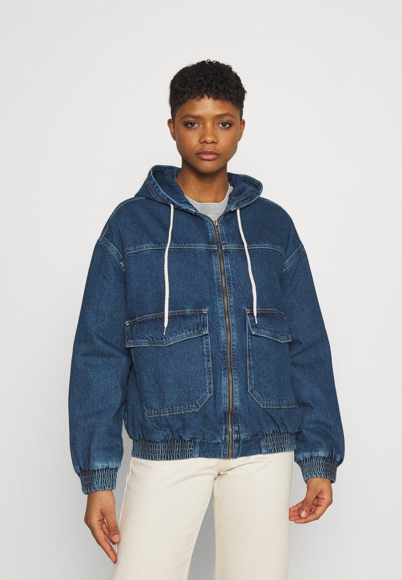BDG Urban Outfitters - HOODED SKATE JACKET - Jeansjakke - dark vintage