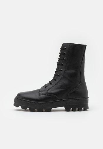 KEFF HIGH UNISEX - Nauhalliset nilkkurit - black