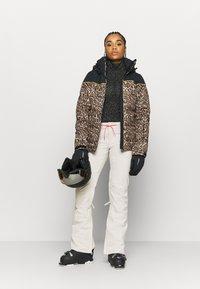 DC Shoes - VIVA - Zimní kalhoty - gray - 1