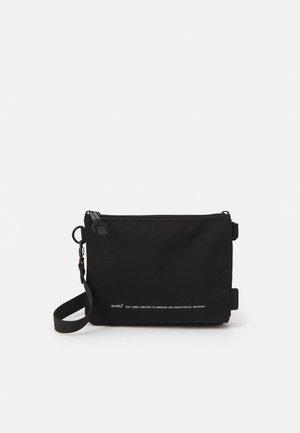 HEXA UNISEX - Across body bag - black