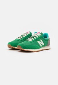 New Balance - 720 UNISEX - Tenisky - varsity green - 1