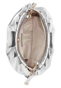 Nine West - Across body bag - silver - 3