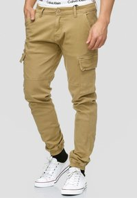 INDICODE JEANS - AUGUST - Pantaloni cargo - light brown - 0