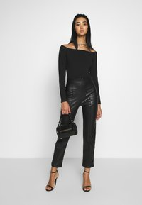 Nly by Nelly - STUNNING PANTS - Bukse - black - 1