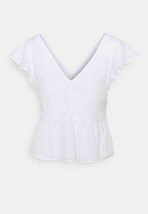 VOLUME SMOCKED BABYDOLL - Print T-shirt - white