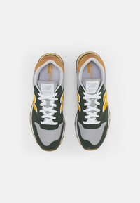New Balance - 500 - Sneakers - green - 3