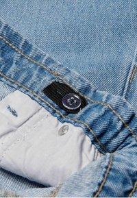 Kids ONLY - Flared Jeans - light blue denim - 2