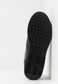 Cruyff - LUSSO - Sneakers - white/max blue - 4