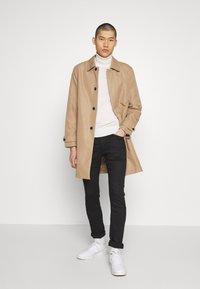 Calvin Klein Jeans - CKJ 016 SKINNY - Skinny džíny - black - 1