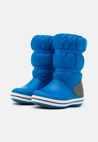 Crocs - CROCBAND WINTER UNISEX - Winter boots - bright cobalt/light grey - 1