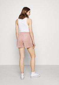 ONLY - ONLLAYA - Shorts - adobe rose - 2