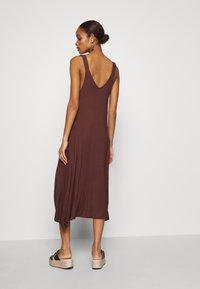 Zign - Vestito di maglina - brown - 2