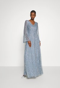 Maya Deluxe - LONG BELL SLEEVE ALL OVER DRESS WITH CUT OUT BACK - Robe de cocktail - dusty blue - 1