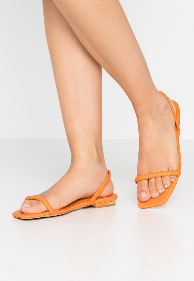 ROCKY BARNES POSITANO - Sandals - orange