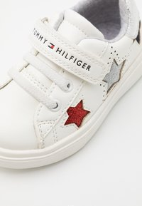 Tommy Hilfiger - Sneakers laag - white/multicolor - 5