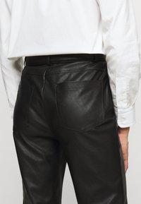 Pinko - SUSAN TROUSERS - Spodnie materiałowe - black - 4