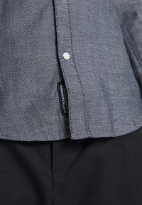 TOM TAILOR DENIM - Shirt - navy/white - 3