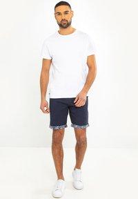 Threadbare - REDCAR - Shorts - blau - 1