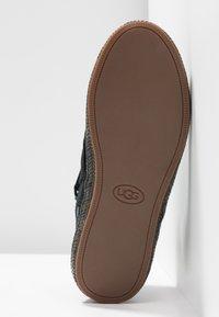 UGG - REID - Boots à talons - black - 6