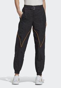 adidas Originals - Paolina Russo - Joggebukse - black/black/active gold - 0