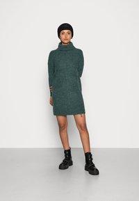 ONLY - JANA - Abito in maglia - mallard green - 1