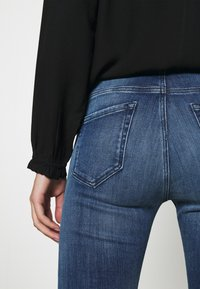 Replay - FAABY - Slim fit jeans - medium blue - 3