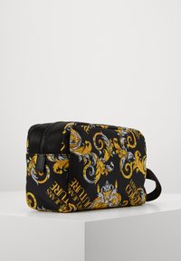 Versace Jeans Couture - Wash bag - black/gold - 1
