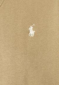 Polo Ralph Lauren - LONG SLEEVE - Felpa - boating khaki - 4
