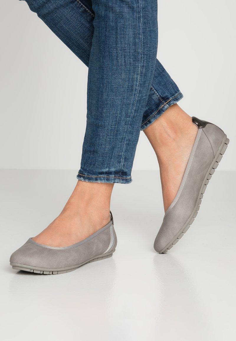 s.Oliver - Ballet pumps - light grey