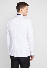 Jack & Jones PREMIUM - JPRLEONARDO SLIM FIT - Suit jacket - white - 2