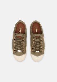Mexx - GAVI - Sneakersy niskie - khaki - 4