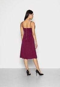 Closet - CLOSET RUFFLE BODICE - Cocktail dress / Party dress - plum - 2