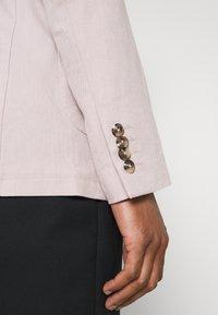 Selected Homme - SLHSLIM - Blazer jacket - sandshell - 6