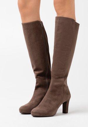 NATALIE - Vysoká obuv - taupe