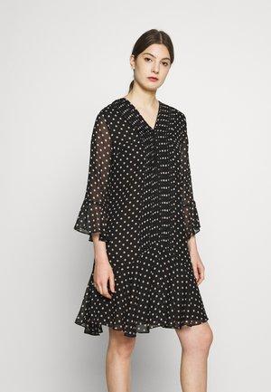 ESTELLE FASHIONISTA PATCH DRESS - Denní šaty - black/white