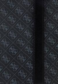 Guess - VEZZOLA UNISEX - Weekend bag - black - 4