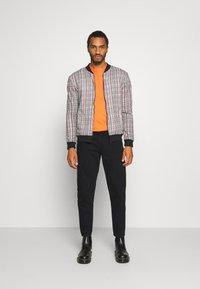 Redefined Rebel - MONACO - Jeans slim fit - deep black - 1