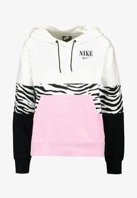 pink rise/white/black