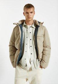 PULL&BEAR - Winter jacket - mottled beige - 0