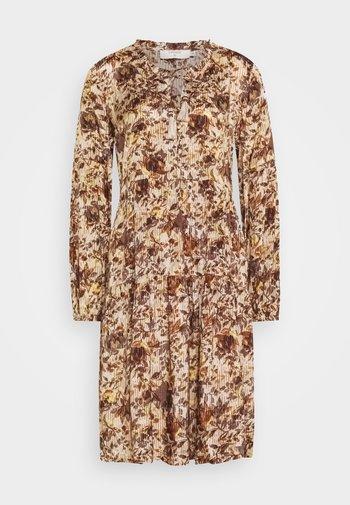 AUGUSTA DRESS - Day dress - brown fall leafs