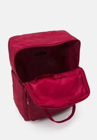 New Look - BACKPACK - Rugzak - bright red - 2