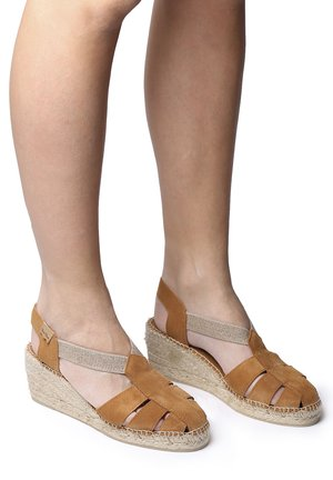 TRAPA - Wedge sandals - tan
