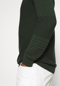 Brave Soul - TREVIS - Jumper - army green - 5