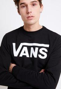 Vans - CLASSIC CREW - Bluza - black/white - 5