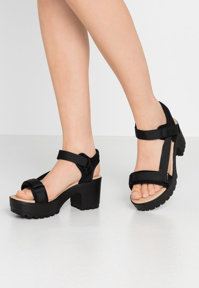 VEGAN - Sandały na platformie - black