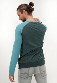 alife & kickin - SAMMYAK - Long sleeved top - emerald - 2