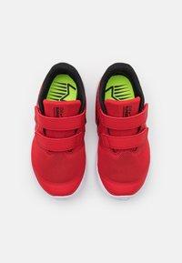Nike Performance - STAR RUNNER 2 UNISEX - Hardloopschoenen neutraal - university red/black/volt - 3