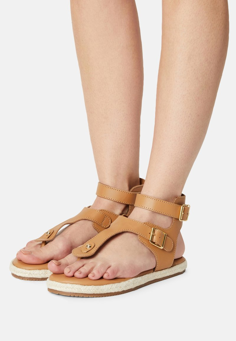 YAS - YASRAFFA - T-bar sandals - biscuit